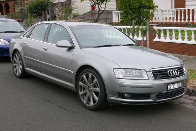Audi A8 (D3).jpg