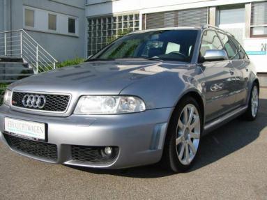 Audi RS4 (B5)