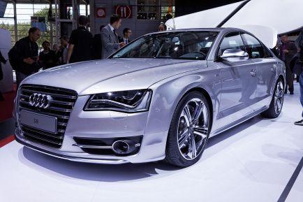 Audi S8 (D4).jpg