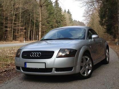 Audi TT (8N).jpg